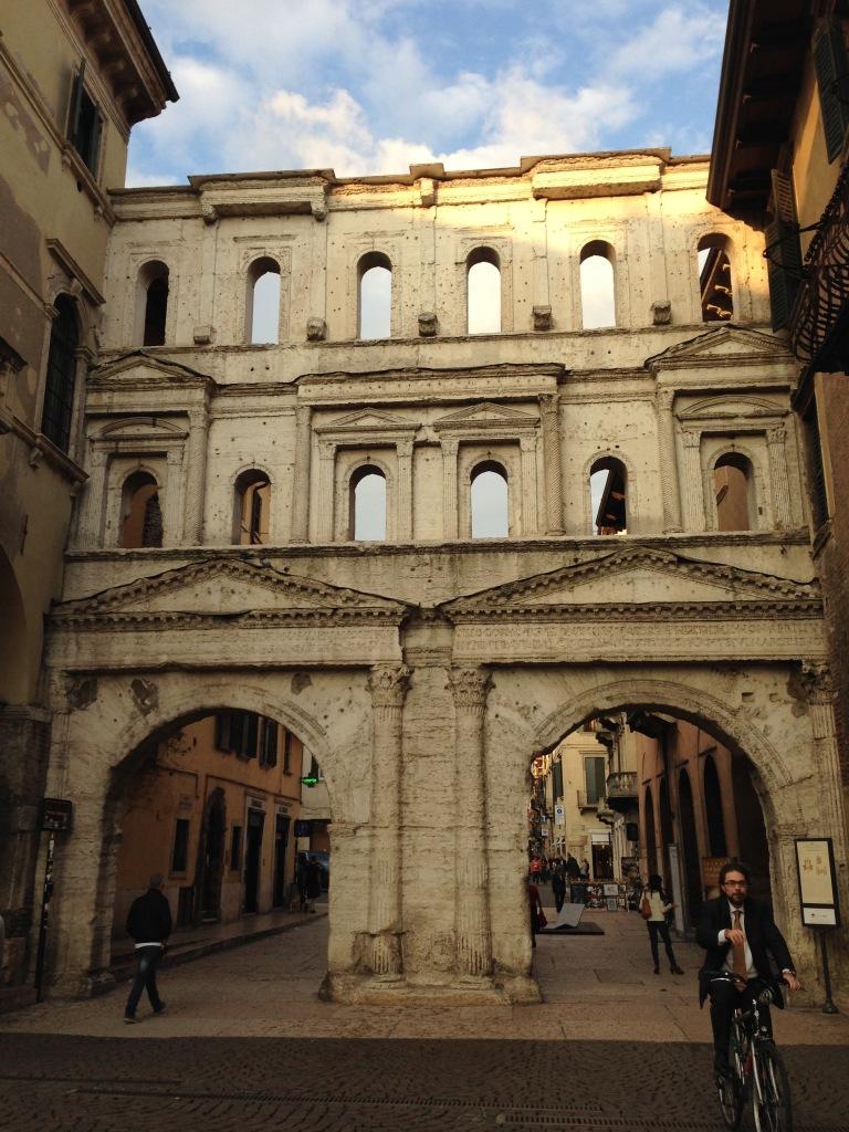 Alexintransit:Adventures:Verona1